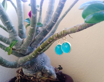 Mint Matte Green Hammered Oval Dangle Earrings