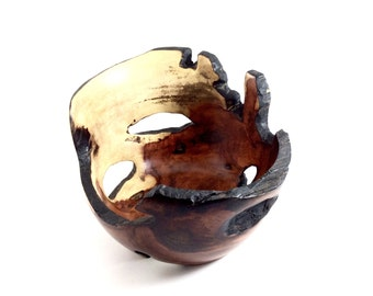 Brasil Natural Edge Wood Bowl No. 150707