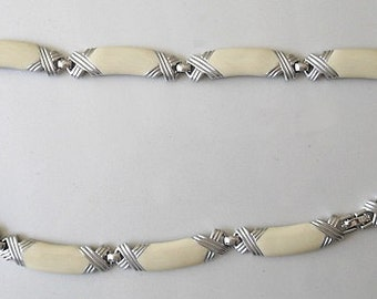 Retro Chic Cream Enamel Monet Choker, statement necklace silver tone, 1980s jewelry cream enamel, fine fashion jewelry art deco style