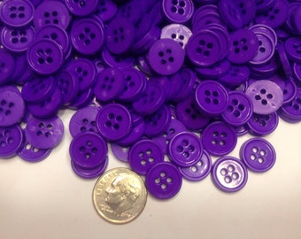 30 purple acrylic buttons, 12 mm (34)