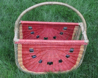 Large Wicker Watermelon Shaped Newspaper Basket - Footed Magazine Rack - Vintage 1970s Home Decor