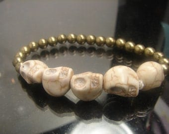 Skull Bracelet - Day of the Dead-stretches. 11 grms 1192