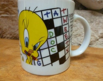 Vtg Tweety Bird Crossword Puzzle mug Warner Bros