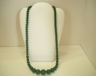 """Vintage Forest Green Beaded Necklace (9048) 24"""" Graduating Beads"""