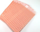 "25 Coral Paper Bag Gift Bag Merchandise Bag (5""x7.5"") -  Favor Bags Goodie Bags Candy Buffet - Small Dot"