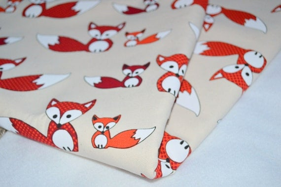 Red fox print cotton fabric 1968 x 59 inch by dovilesboutique for Fox print fabric