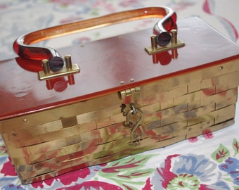 Vintage Handbag / Purse: 1950s Vintage Dorset Rex Fifth Avenue Lucite Gold Brass Weave Basket Box Purse