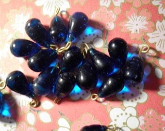 12 Glass Sapphire Blue Teardrop Glass Beads with Loop