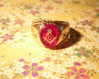 1 Vintage Goldplated Masonic Ring