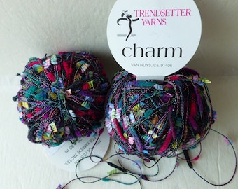Sale   Pansy Floral 1000 Charm  by Trendsetter Yarns