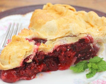 "Raspberry Pie Homemade pie great holiday gift, gift for Mom, ""FREE SHIPPING"" handcrafted pie, Gourmet Raspberry pie Pies have Handmade Crust"
