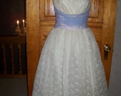 Reserved for Suri - vintage 50s ecru eyelet lace prom dance dress with perewinkle chiffon bow size x-small to small