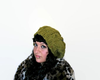 Oversized Olive Green Cabled Beret with Ice Grey Point/Super Warm