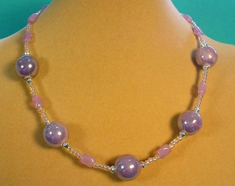 """Beautiful Sparkling 17"""" Lilac and Silver necklace - N414"""
