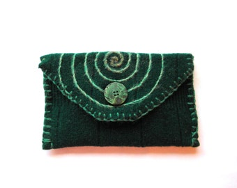 Green Spiral~ Wool Clutch Purse