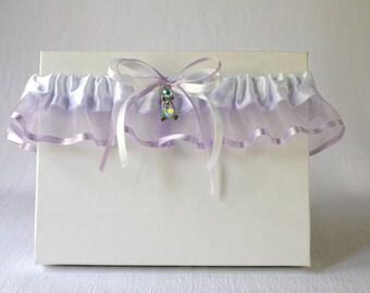 Lilac wedding garter,Lilac bridal garter, Prom lilac garter, Lilac lingerie, Lilac organza and white satin garter, Keepsake or toss garter,