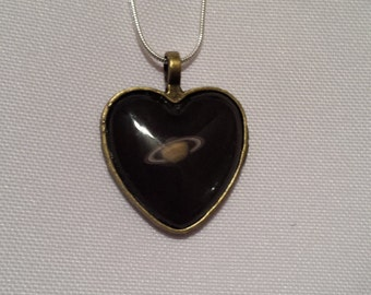 Heart shaped Saturn pendant necklace