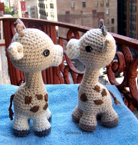 baby giraffe instant download crochet pattern toy giraffe amigurumi giraffe diy crochet toy. Black Bedroom Furniture Sets. Home Design Ideas
