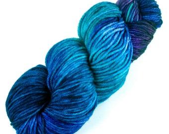 Paleo-Indian Woolens - 005 Decadence - 100% Superwash Merino Handpainted Worsted Wt Yarn - blue indigo violet turquoise teal azure fuchsia