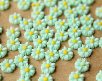 20 pc. Pale Blue Two-Tone Daisy Flower Cabochons 8mm | RES-494