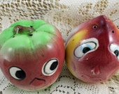 Antique Vintage Salt and Pepper Set, The Apple and the Onion   AW1