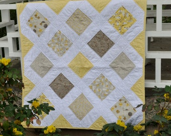 Yellow and White Storybook Quilt