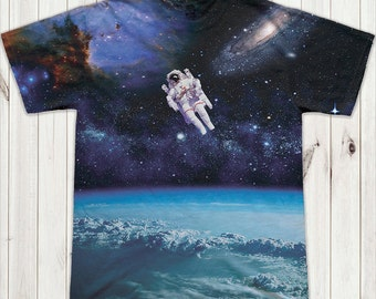 Astronaut in  space T-Shirt-(6-124)