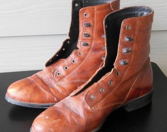 Vintage Ariat Lace up Boots Granny Style