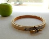 EMBROIDERY HOOP FRAME - Small 4 inch face wooden embroidery hoop for embroidering or cross stitching