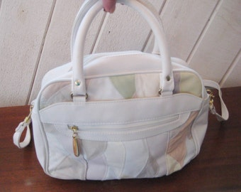 White leather patchwork purse, pastel bag, top handle, bag purse, 80s handbag, compartment purse, crossbody purse
