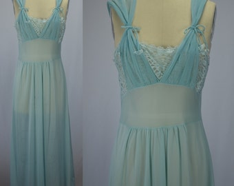 1950s Florelee Blue Nylon Chiffon & Lace Night Gown Bust 36""