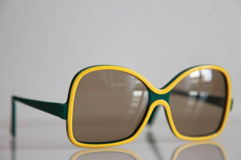 Eyeglasses Frame In Manila : Vintage RODENSTOCK MANILA Sunglasses Oversize Butterfly Green