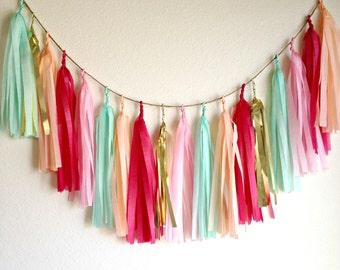 DAYDREAM - Tissue Paper Tassel Garland  - Party - Wedding