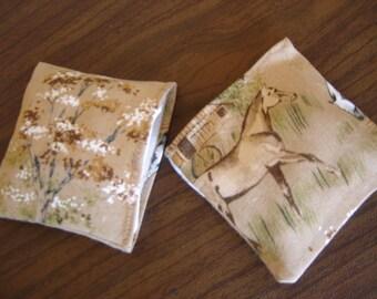 Horse Pasture Print Hand Warmer Corn Cozie