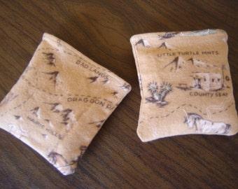 Open Range Flannel Print Hand Warmer Corn Cozies