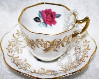 SANDRINGHAM Tea Cup and Saucer / Made in England / Tea Party /  Shabby Elegance