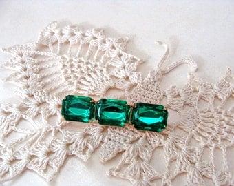 Vintage Brooch 3 Green Rectangular Stones Lucite