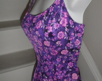maxine of hollywood purple  pink  floral bommbshell  bathing suit skirted bottom size 12  but may fits several sizesfit me