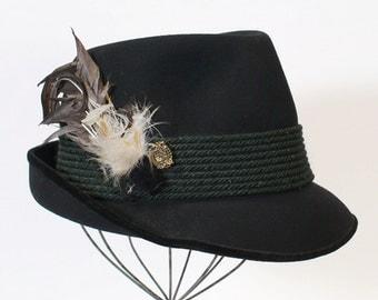 Vintage 1970s Men's German Fedora / Trilby / Bavarian Hat / Black Felt - Hut Breiter Munchen - Green Cord Band / Feathers & Pin