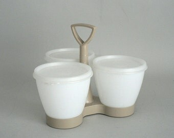 Tupperware Bowls With Caddy and Covers