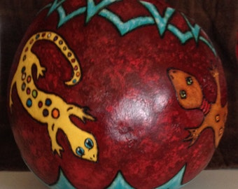 Lizard gourd bowl