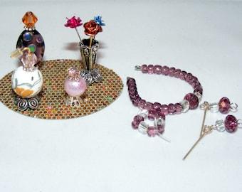 1:6, Barbie Size, Miniature Perfume Bottles, Vanity Tray, Jewelry, Vase, Flowers, Necklace, Earrings, Bracelet, Dollhouse, Toiletries