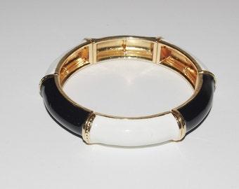 Vintage Kenneth Jay Lane Stretch Bracelet  Black and White                   - S1197
