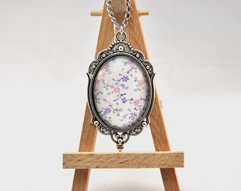 Vintage Fabric and glass necklace - Lola