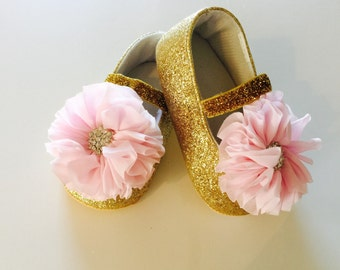 Baby Girl Soft Pink and Gold Sparkle Shoes size 6-12 months