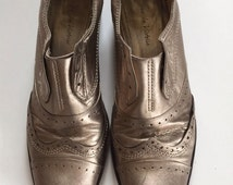 Gold Leather Wingtip Ankle Boots made in France by Pour La Vitorie
