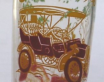 Collectible Glass Tumbler 1905 Buick and Serenading Lovers / Vintage Antique Auto on Drinking Glass / 1950s Tumbler
