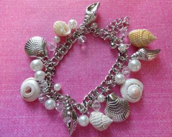 Seashell natural  shell pearl charm bracelet