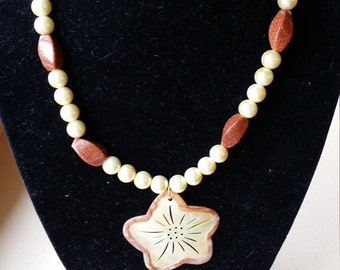 "14"" Flower Necklace"