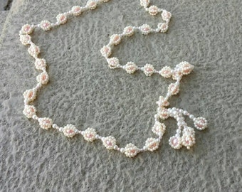 On Sale Faux Pearl 36 inch Beaded Necklace Costume Jewelry Fashion Accessory